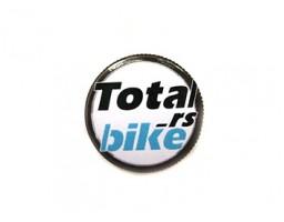 Totalbike.rs sa gumom - bedž